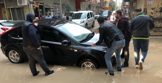 Kızıltepe'de aşırı yağış yaşamı olumsuz etkiledi