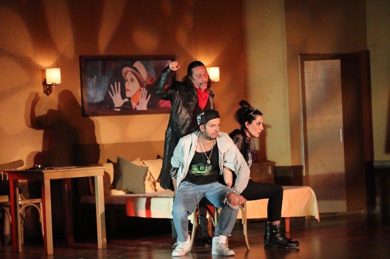 Kızıltepe'de 'Kayıp El' oyunu yoğun ilgi gördü