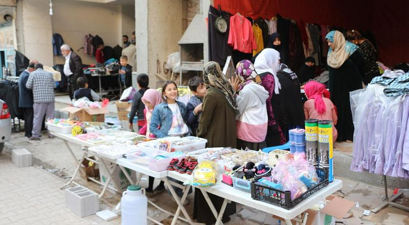 Kızıltepe'de muhtaç aileler yararına kermes