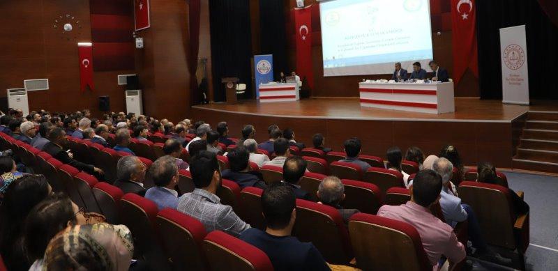 Kızıltepe'de eğitim sorunları ve çözüm önerileri konuşuldu