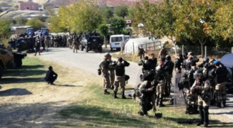 Mardin'de kaçak elektrik ekibine saldırı