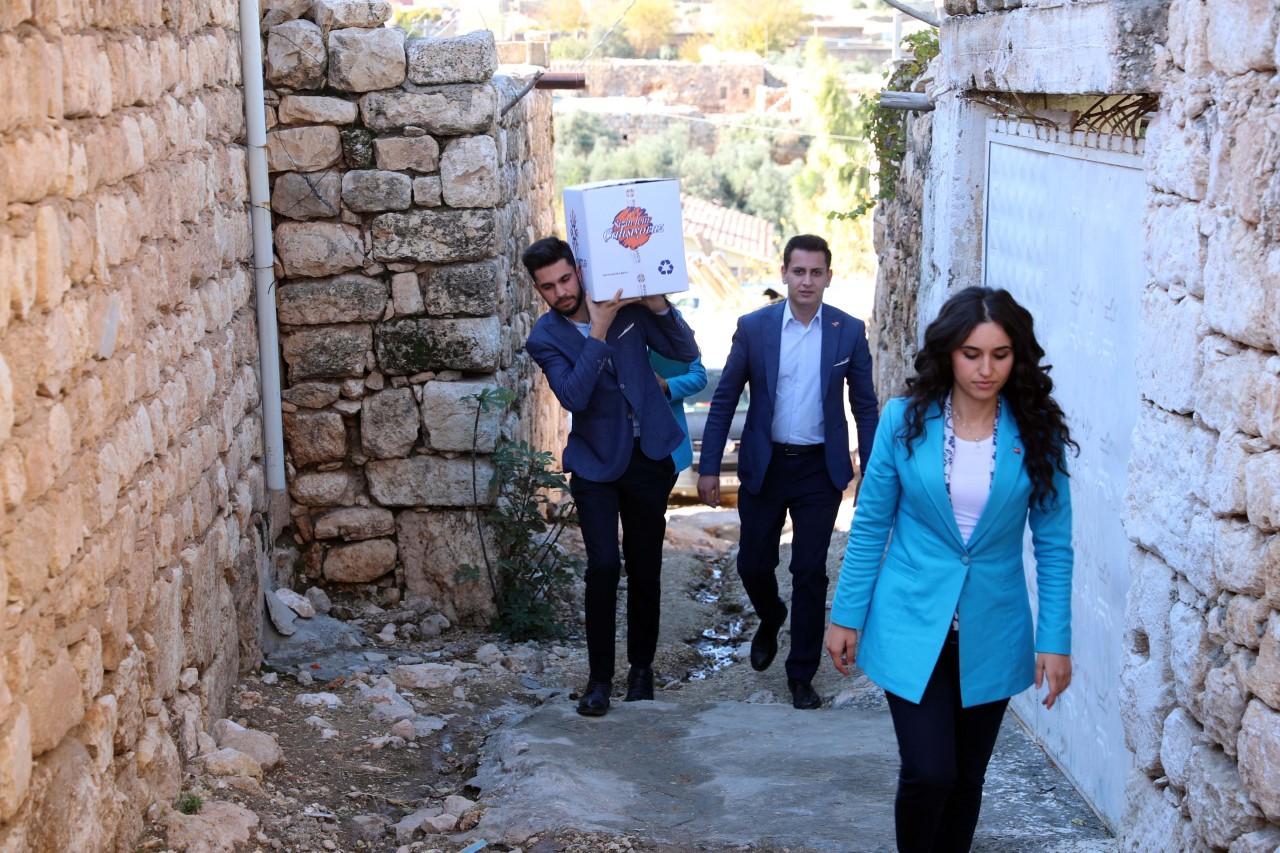 Mardin'de İhtiyaç Sahiplerine Gıda Yardımı
