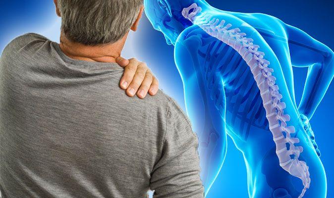Tedavi edilmeyen bel ağrısı kamburluğa yol açabilir