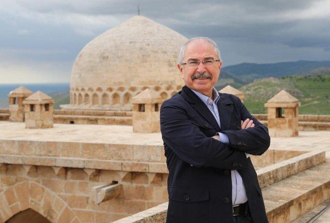 Mardin Valisi Yaman'a 2019 Yılının En Başarılı Valisi Ödülü