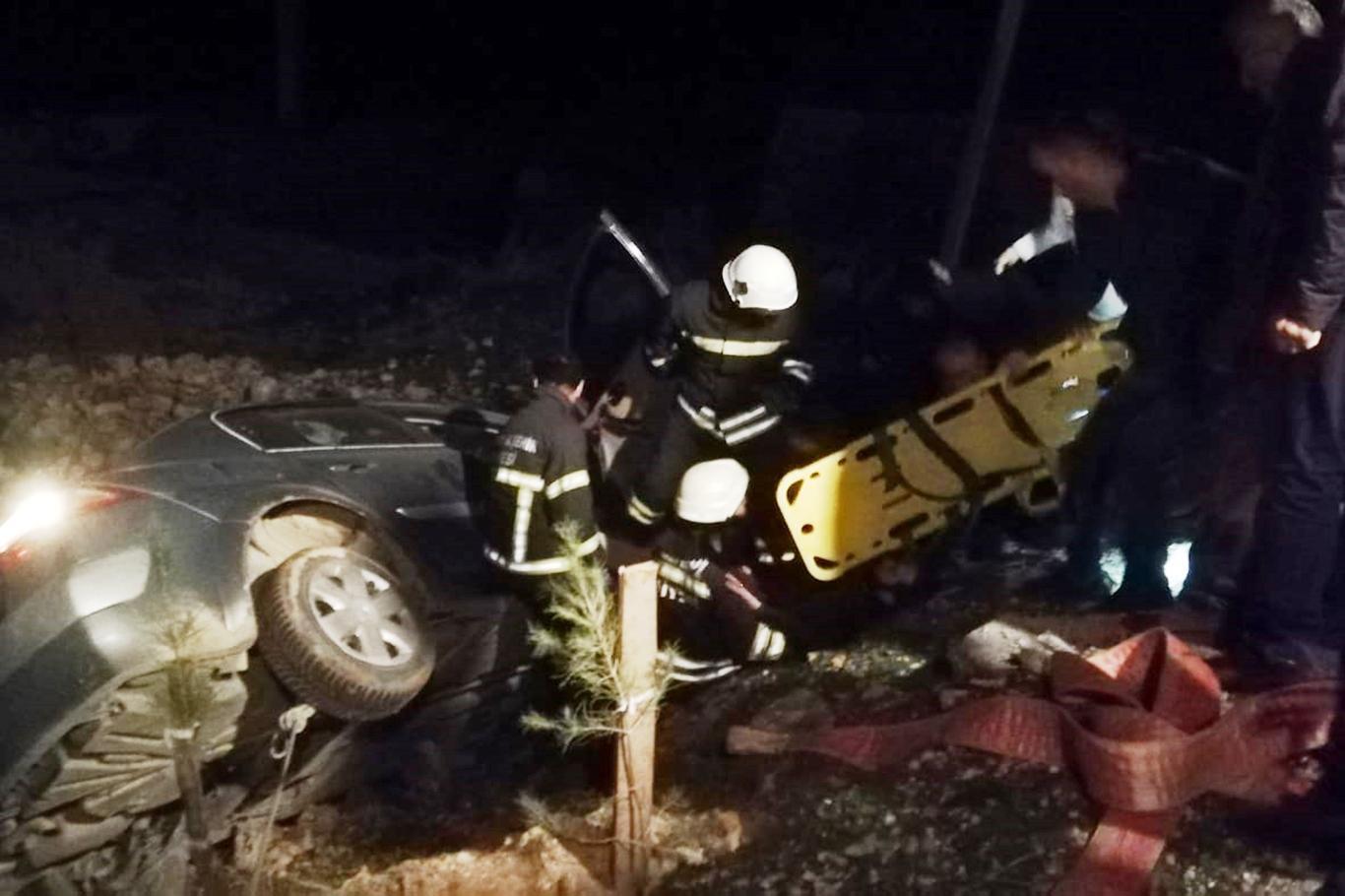 Kızıltepe'de 2 otomobil çarpıştı: 4 yaralı