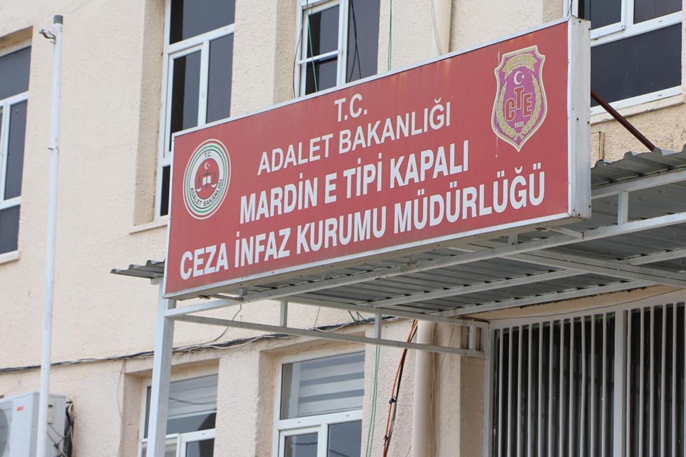 """Mardin'de HDP'li eski Belediye Başkanına """"koronavirüs"""" tahliyesi"""