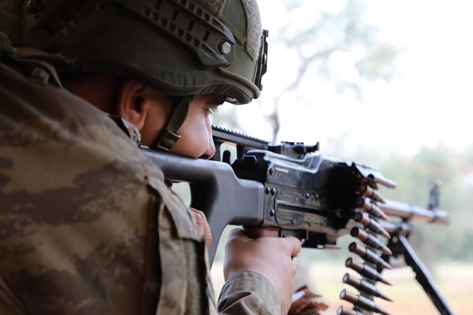 Mardin'de bir PKK'lı ikna çalışması sonucu güvenlik güçlerine teslim oldu