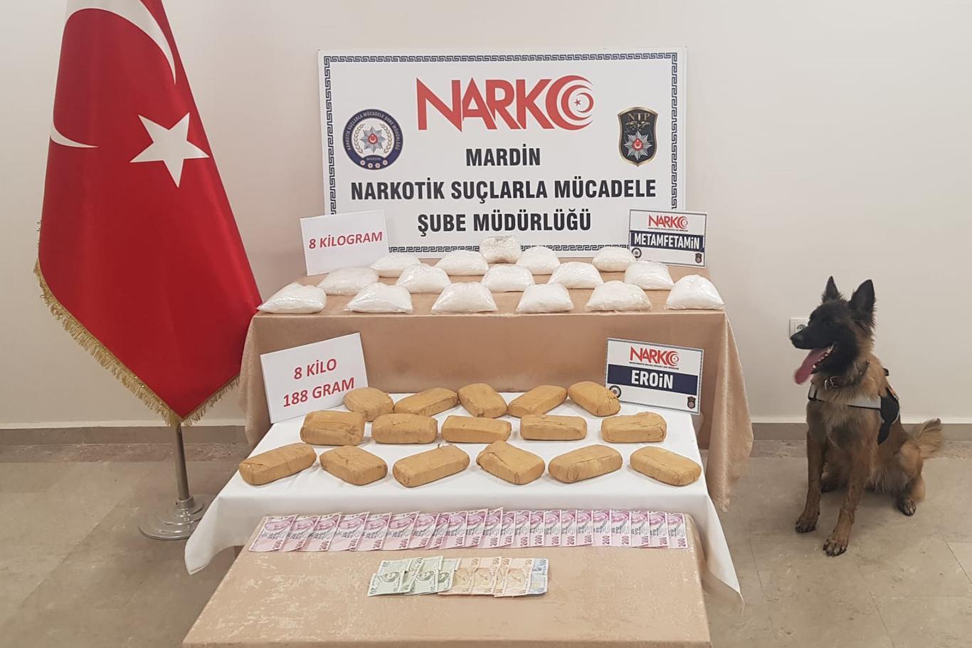 Kızıltepe'de durdurulan otomobilde 16 kilo uyuşturucu çıktı
