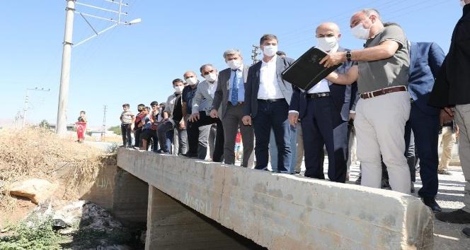 Vali Demirtaş, kırsal mahallenin sorunlarını yerinde inceledi