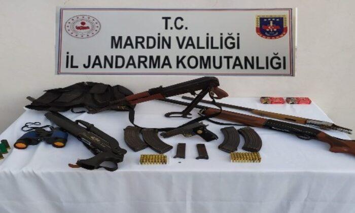 Mardin'de Kalaşnikof ve ruhsatsız tabanca ele geçirildi