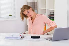 Postür bozukluğu birçok sağlık sorununa yol açabilir
