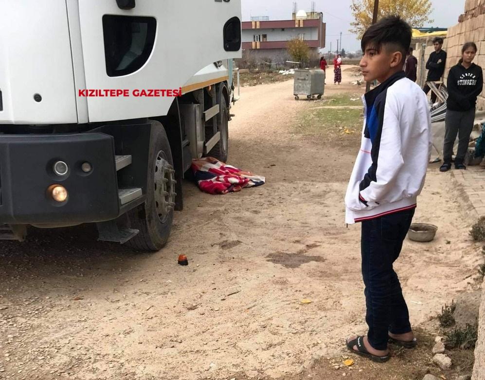 Mardin'de kamyonun altında kalan yaşlı kadın hayatını kaybetti