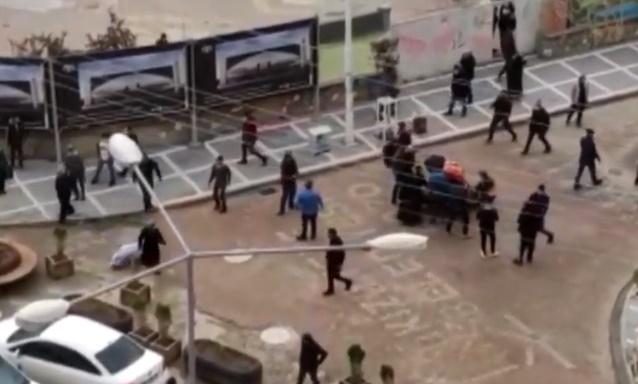 Kızıltepe'de akrabalar arasında silahlı kavga: 2 Yaralı