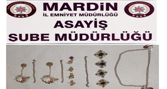 Mardin'de 160 bin TL değerindeki ziynet eşyası çalan hırsızlar yakalandı