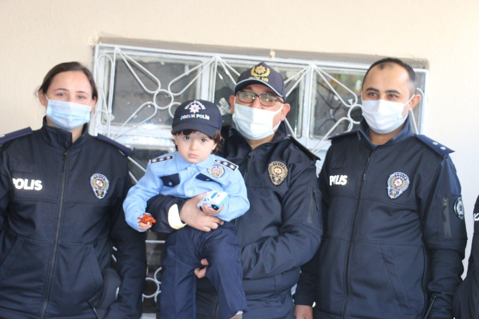 Mardin'de Mert'in polis üniforması hayali gerçek oldu