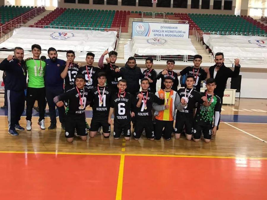 Kızıltepe Spor Lisesi Erkek Hentbol takımı 2. Lig'e yükseldi