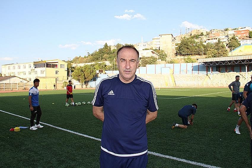 Mardin Fosfat Spor teknik direktör Cevdet Uzunköprü ile yollarını ayırdı