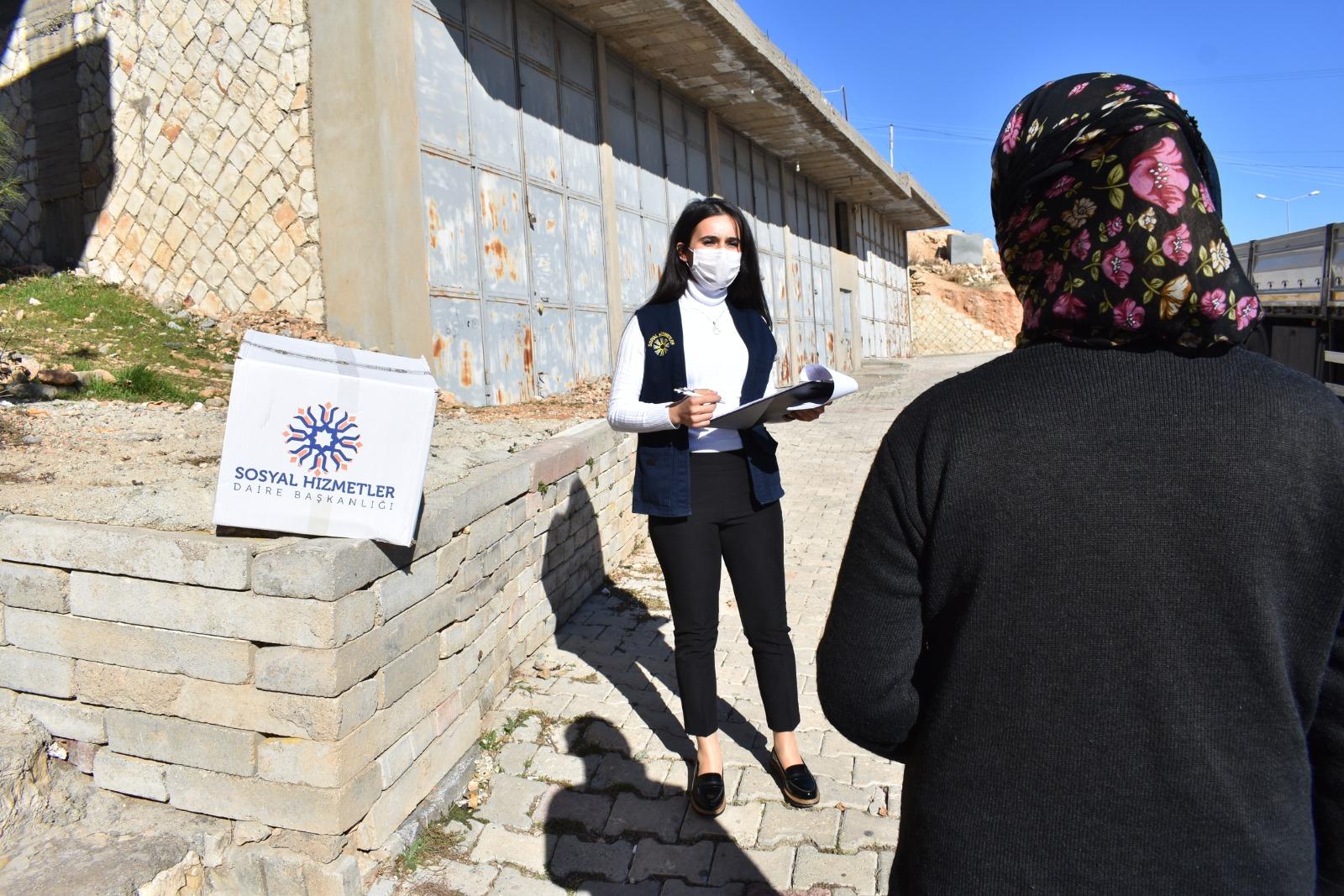 Mardin'de sokağa çıkma kısıtlamasında ihtiyaç sahipleri unutulmadı