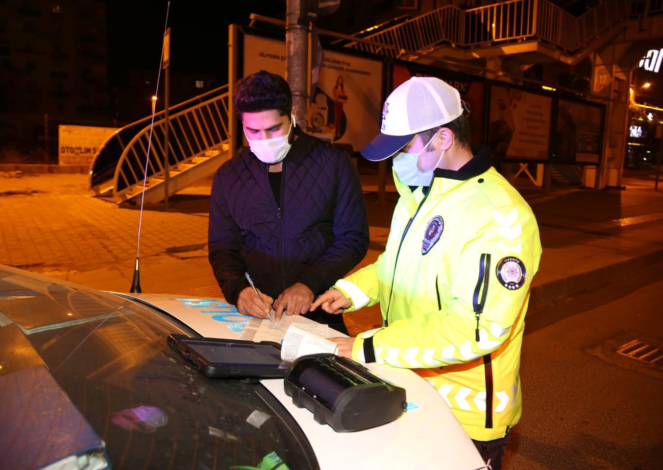 Mardin'de maske takmayan 123 kişiye 110 bin 700 lira ceza kesildi