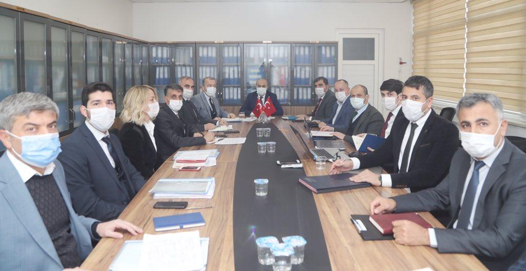 """Vali Demirtaş: """"İçme suyu ve atık su sorunlarının çözümü için çalışıyoruz"""""""