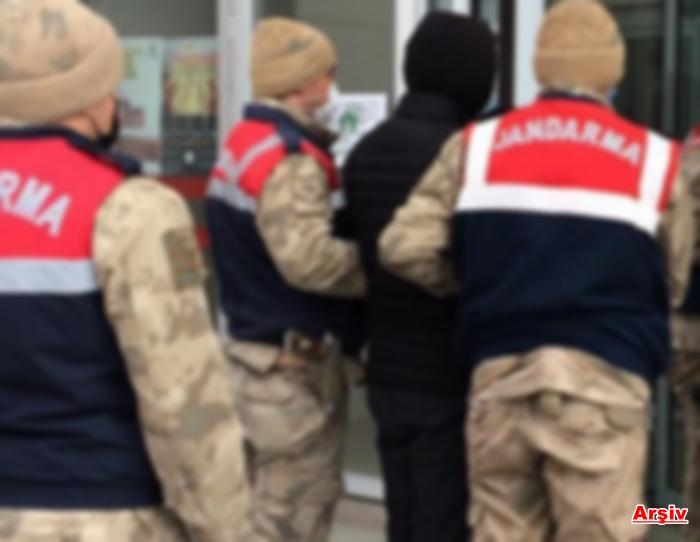 Kızıltepe'de 10 yıl hapis cezası bulunan zanlı jandarmanın takibi ile yakalandı