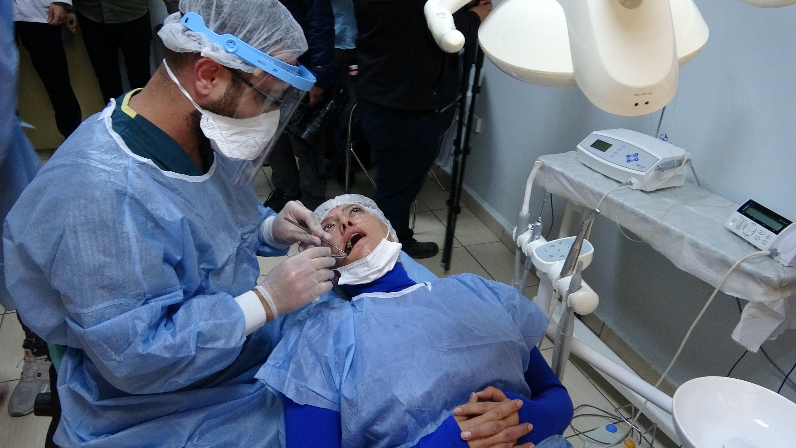 Mardin Ağız ve Diş Sağlığı Merkezi'nde ilk implant tedavisi uygulanmaya başlandı