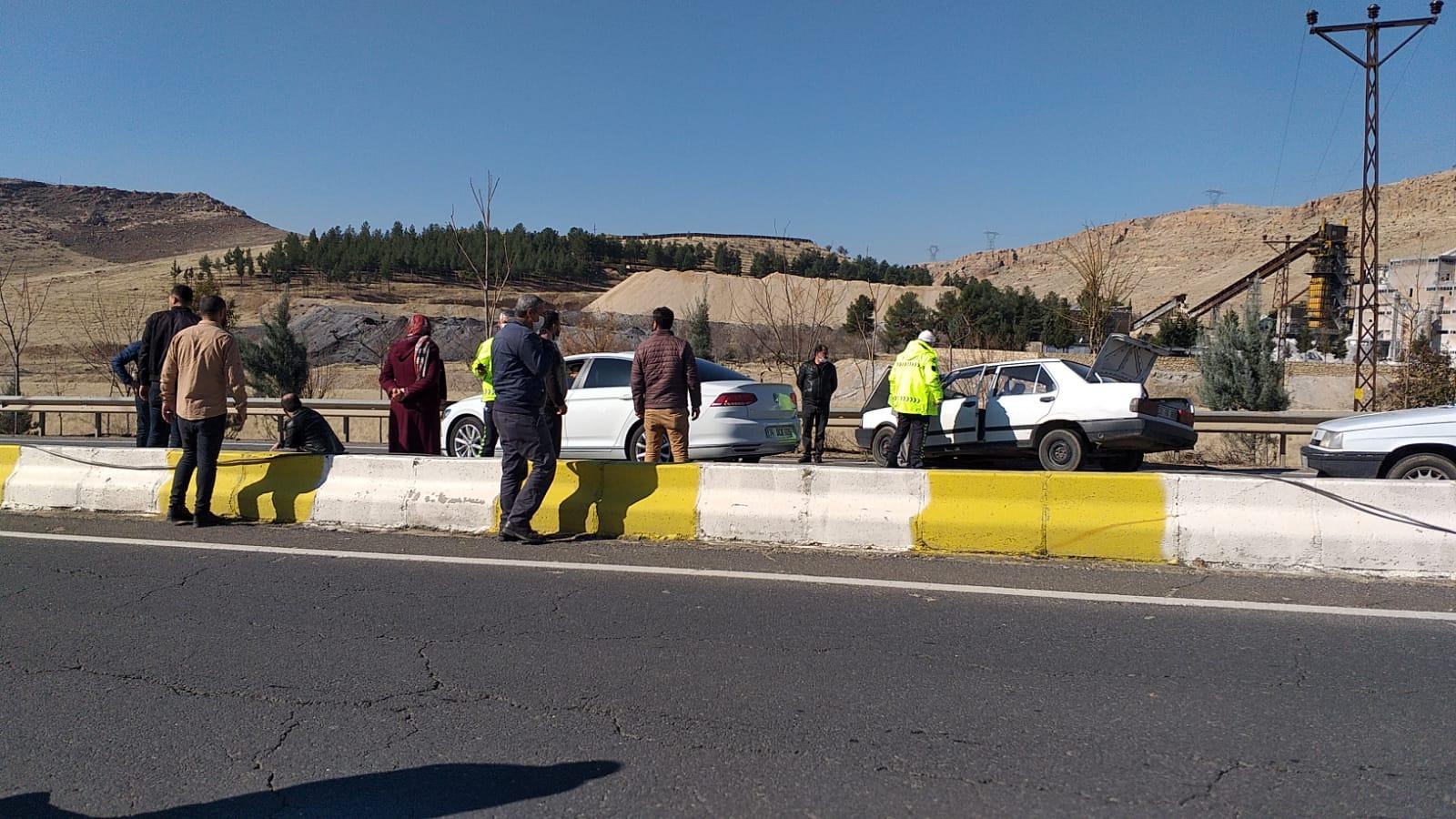 Türkmen Deresi geçidinde iki araç çarpıştı: 1 ağır yaralı