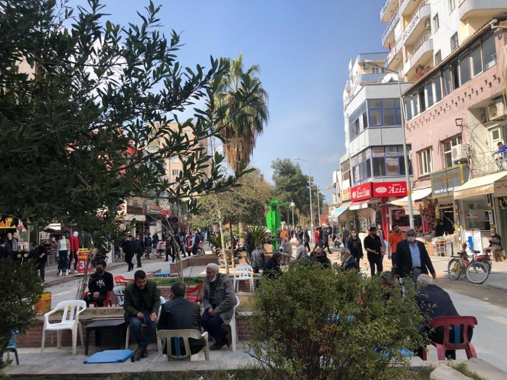 Kızıltepe'de kısıtlamasız ilk cumartesi manzarası korkuttu