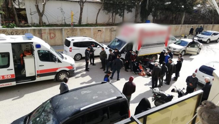 Mardin'de kamyonet ile motosiklet çarpıştı: 1 yaralı