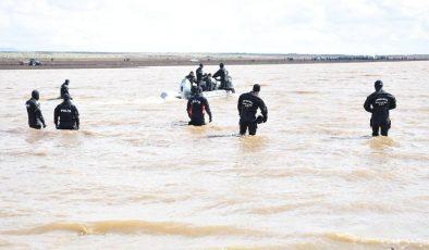 Gölette kaybolan 2 gençten haber yok