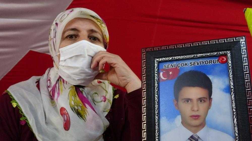 'HDP olmasaydı, PKK olmazdı' diyen Diyarbakır anneleri, evlat nöbetini sürdürüyor
