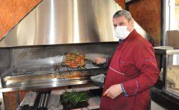 Kızıltepe'de Kebap severlerin yeni gözdesi: Vatandaşlar sipariş için sıraya girdi