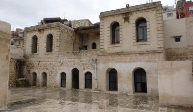 Nobel ödüllü Aziz Sancar'ın müzeye dönüştürülecek evindeki restorasyonda sona gelindi