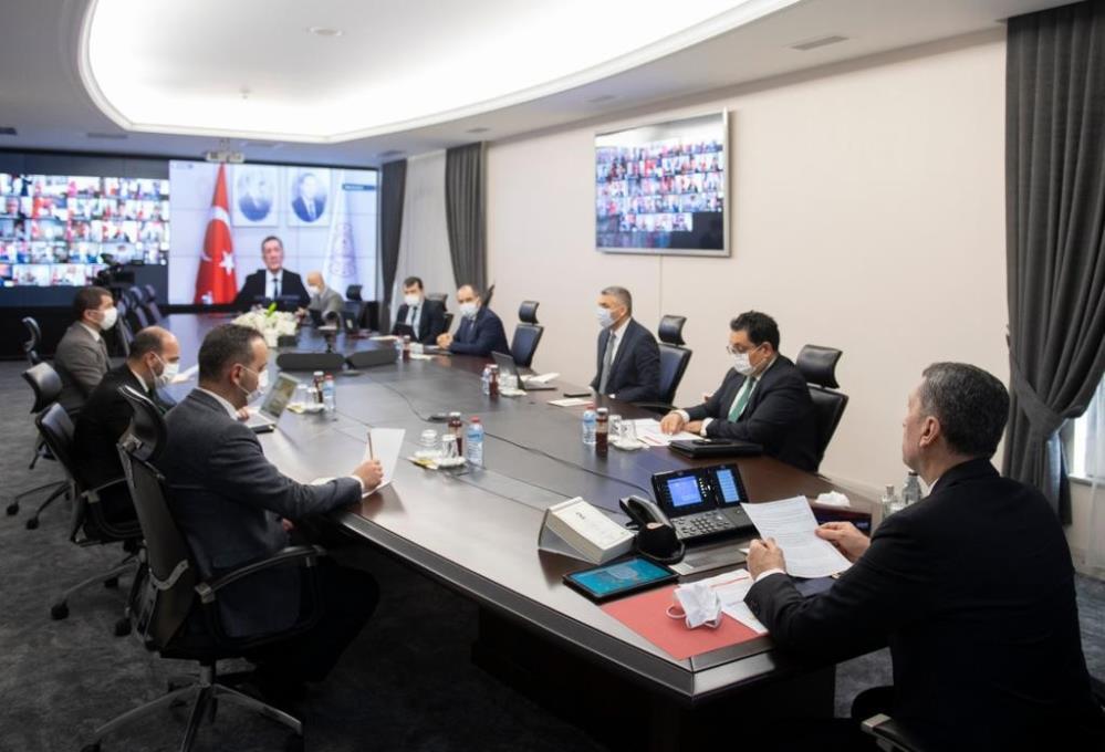 Milli Eğitim Bakanlığı Mardin'deki öğrencilere yeni tabletler ulaştıracak