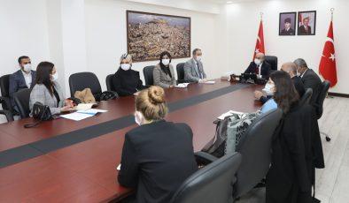 Vali Demirtaş Kadın Kooperatif temsilcileri ile bir araya geldi