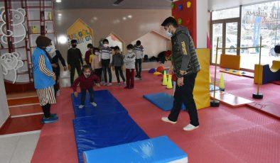 Mardin Büyükşehir Belediyesinden Suriyeli öğrenciler için etkinlik