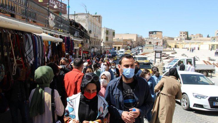 Mardin'de kısıtlama öncesi hafta sonu turizm yoğunluğu yaşanıyor