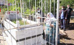 Görme engelli şehit annesi, oğlunun kabrini Mardin Valiliği sayesinde ziyaret etti