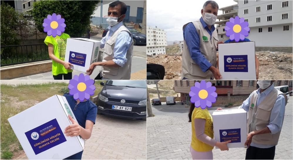 Mardin'de öğrenciler kumbaraları ile gönüllere misafir oldu