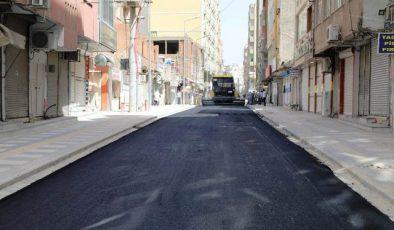 Kızıltepe'de 2021'in İlk Asfaltı Serildi