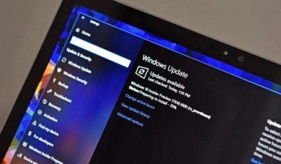 Microsoft CEO'su müjdeyi verdi: Yeni nesil Windows geliyor