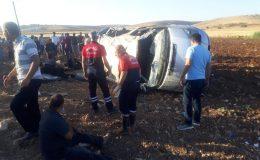 Mardin'de minibüs şarampole yuvarlandı: 10 yaralı
