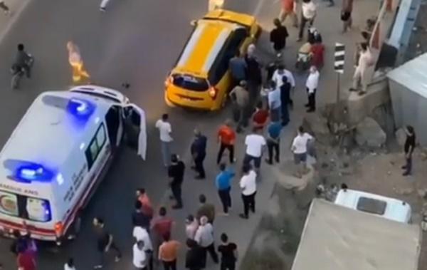 Mardin'de karşıya geçmeye çalışan gence ticari araç çarptı, yakınları çılgına döndü