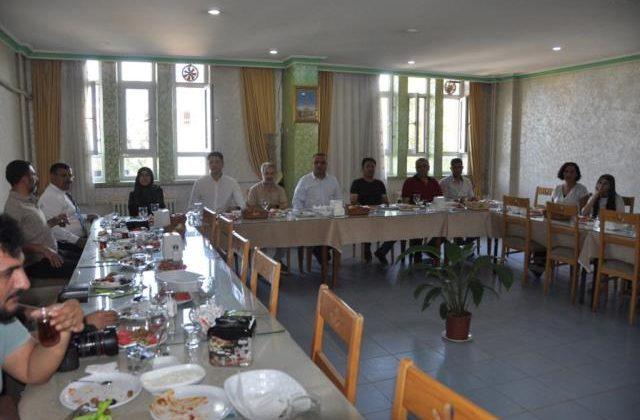 Kızıltepe İlçe Milli Eğitim Müdürü basın mensuplarıyla bir araya geldi